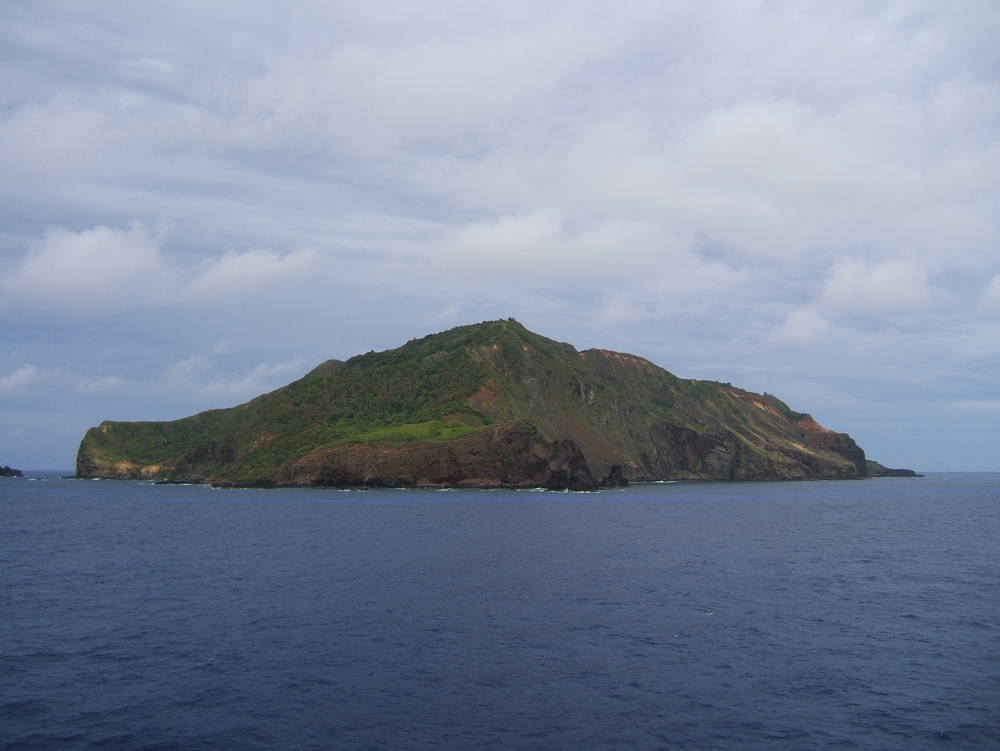 Una isla invadida por el plástico