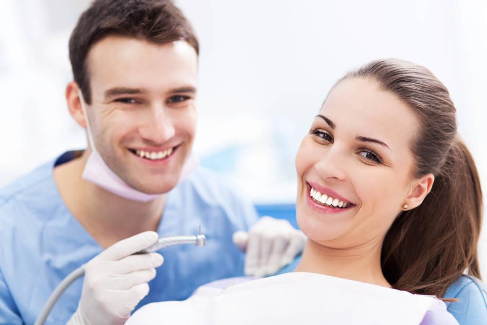Tendencias dentales que deberían desaparecer pronto